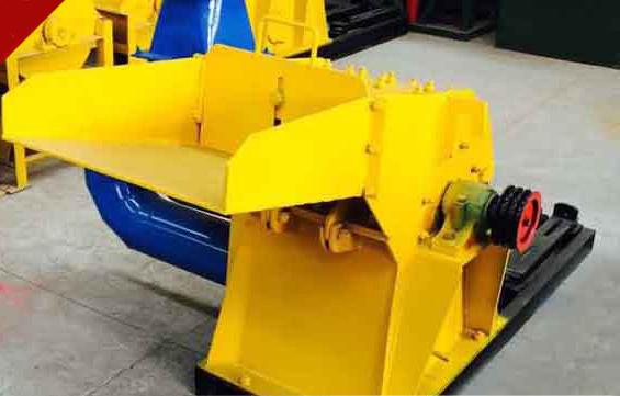 大型木材粉碎机,金拓机械质量好成本低适合投资!